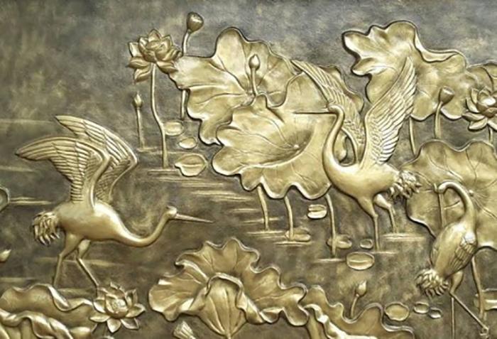 tranh phu dieu kim loai
